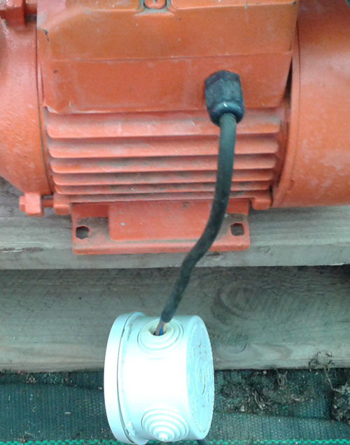 http://www.aeronoviny.cz/images/hydroponie_39_motor.jpg